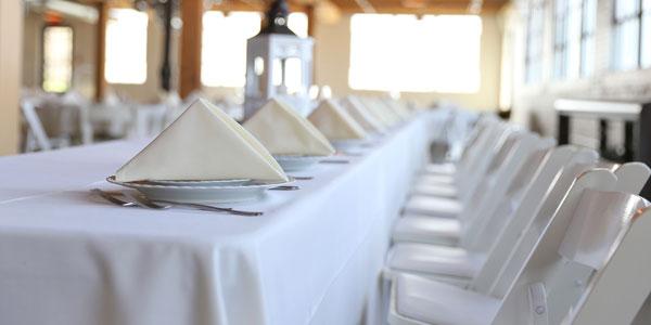 Servicio de cocineros y camareros